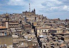 Itinerari I Carruggi al centro storico soggiorno a Caltagirone Sicilia 3200773315
