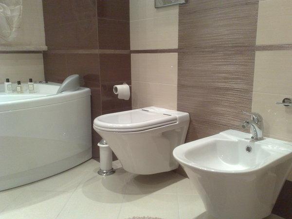 Realizzazioni showroom catania for Ceramiche da bagno