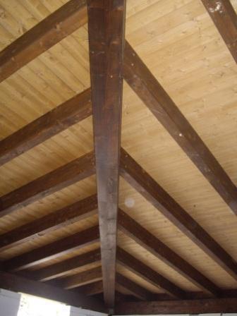Tetti in legno lamellare corso legnami srl lamellare for Faelux srl finestra per tetti
