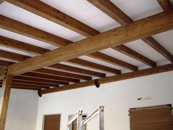 Foto Di Soffitti Con Travi In Legno : Verande tetti strutture coperture soffitti in legno ventilato