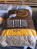 Pellets 100% abete A1 EN-PLUS € 5,50  sacco da kg.15