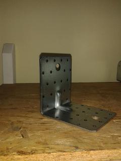Piastra angolare rialzo per porta pilastro ad U 160x160
