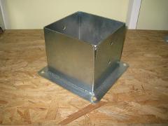 Porta pilastri a bicchiere chiuso 160x200 H 150 Base 240x280 ZINCATO Comail