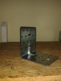 Piastra angolare 105x105x90 SP 2 ZB con rinforzo zincato bianco