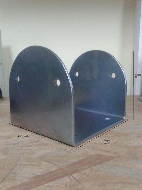 Porta pilastri a U 200x200x200 sp.5 mm zincato giallo Comail