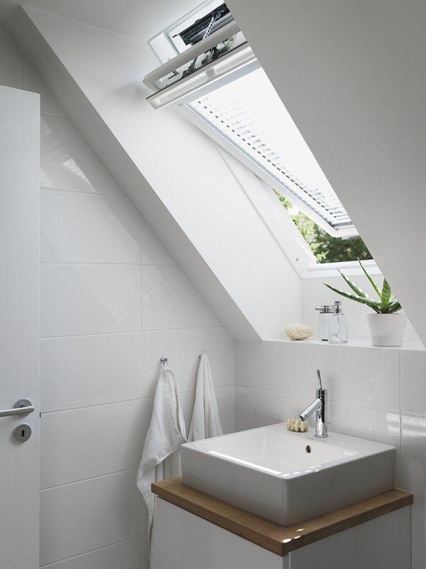 Finestre per tetto velux rosolini siracusa for Finestre per tetto