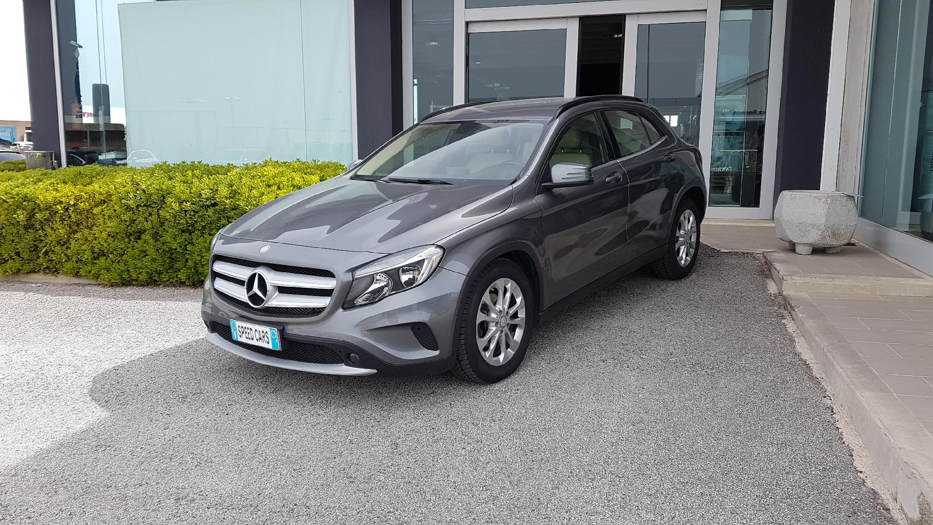 Mercedes-Benz GLA 200 D Executive Diesel