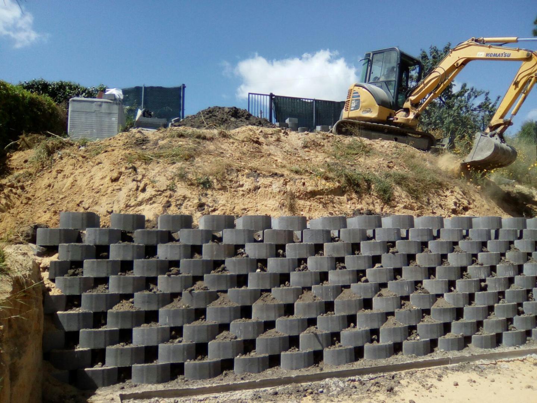 Blocchi Muro Secco.Blocchi In Cemento Per Muri A Secco E Per Mantenimento