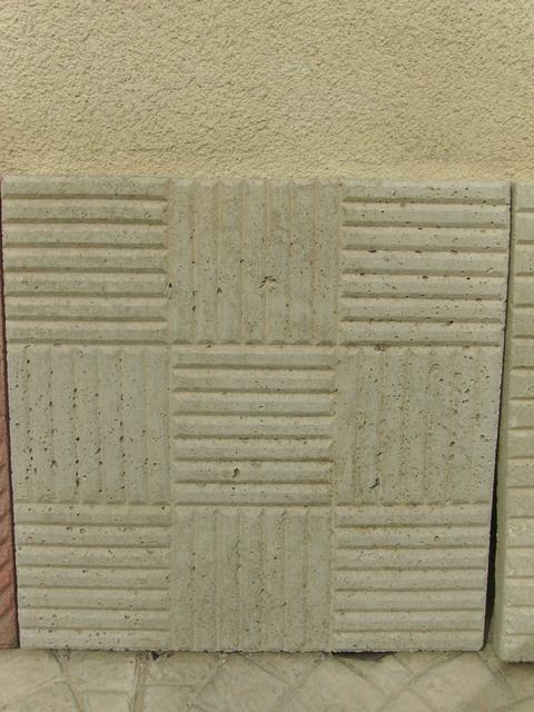 Pavimenti in cemento vibrati Manufatti in Cemento Fortunato
