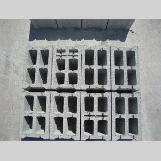 Blocchi in cemento Manufatti in cemento Fortunato          25x20x40