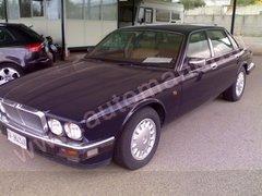 Jaguar Daimler xj6 Benzina