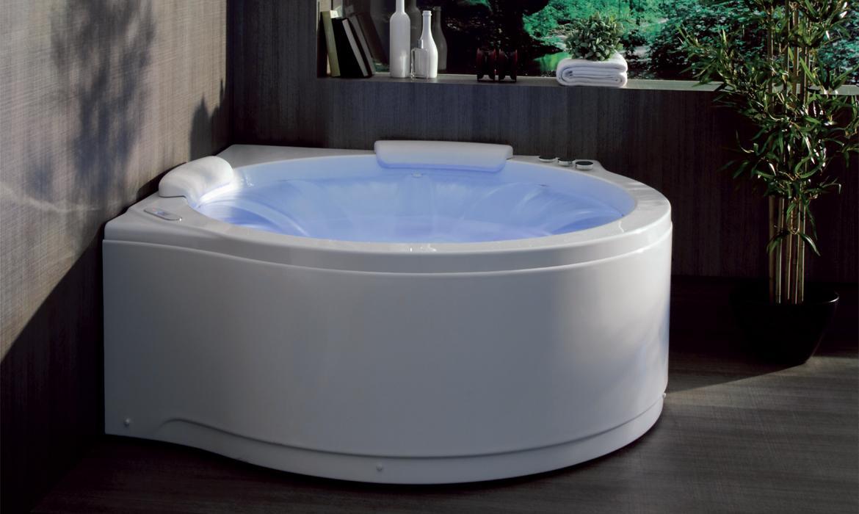 Colacril vasche da bagno di design vasche con cascata e minipiscine colacril arredo bagno - Rubinetteria a cascata bagno ...