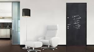 DIERRE porte blindate con pannelli in alluminio o vetro che donano un design moderno ed innovativo Dierre