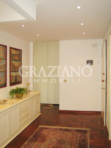 Appartamento in affitto a caltagirone catania via for Case arredate in affitto a catania