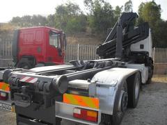AUTOCARRO/CAMION IVECO 240.38 RIMESSO COMPLETO DI ATTREZZATURA SCARRABILE GRU HIAB MODELLO 125/4S