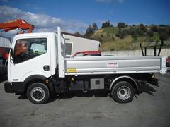 AUTOCARRO/CAMION NISSAN CABSTAR 150 E CASSONE RIBALTABILE TRILATERALE