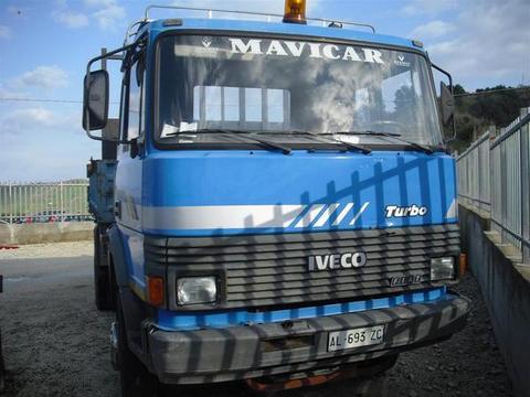 AUTOCARRO/CAMION IVECO FIAT 115.17 CON CASSONE RIBALTABILE TRILATERALE