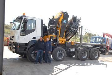 Riparazioni/assistenza tecnica gru (effer, heila) su autocarro/camion in Sicilia.