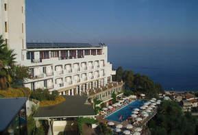 Pasqua 2020 a Letojanni - Riviera di Taormina presso il Complesso Antares