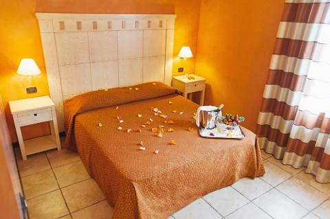 Luglio 2020 in Relax presso Villa Zina Park Hotel - Custonaci (TP)