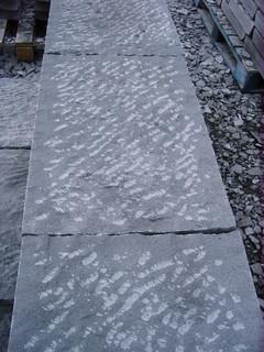 Pavimento in Pietra lavica lavorato a puntillo
