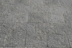 Basole segate e attestate in pietra lavica