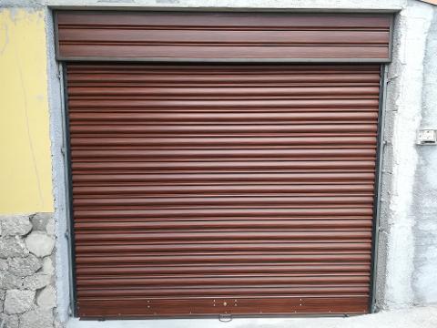 Serranda per Garage Colorata Simil Legno Grasso Fabbrica Serrande Giarre Serranda Verticale motorizzata