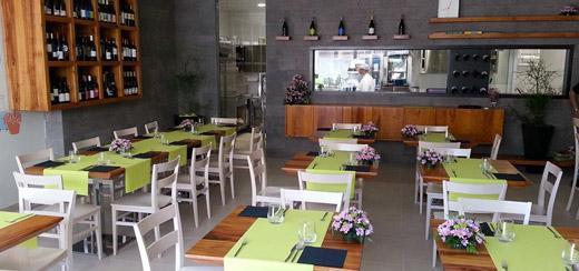 Naturasi 39 ristorante cucina biologica borghetto europa for Arredamento ristorazione