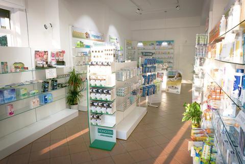 PARAFARMACIA CANNARELLA Termevigliatore (ME) .Arredi per farmacie e parafarmacie a Catania e Sicilia CIR srl