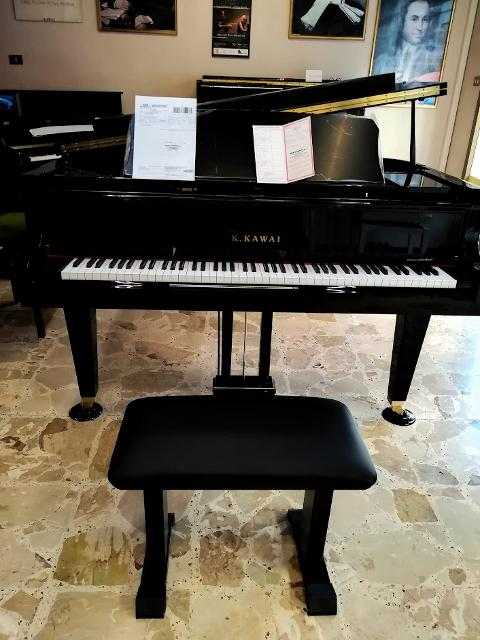 Pianoforte coda new entry KAWAI GL 50
