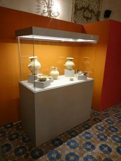 Arredo Museo Chiaramonte Ragusa Sicilia Mobilificio Casmene Nobilitato cleaf cemento grigio