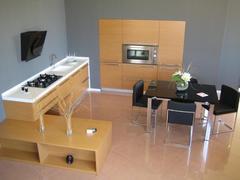 Progettazione e Produzione di Cucine e Arredi Mobilificio Casmene Cucine su misura senza limiti di finiture e colori