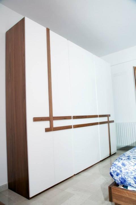 Camera da letto laccato bianco e Noce Canaletto Chiaramonte Ragusa Sicilia Mobilificio casmene Laccato bianco e Noce Canaletto