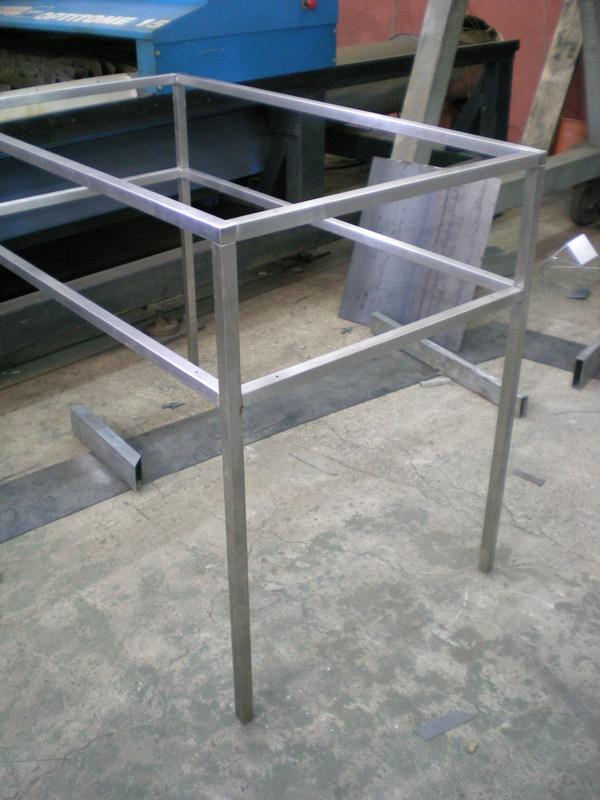 Strutture tavoli in acciaio inox per negozi alcamo trapani - Tavoli in acciaio inox ...