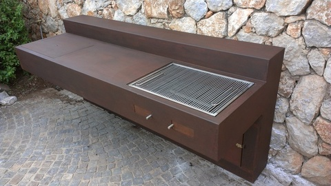 BARBECUE IN LAMIERA CORTEN