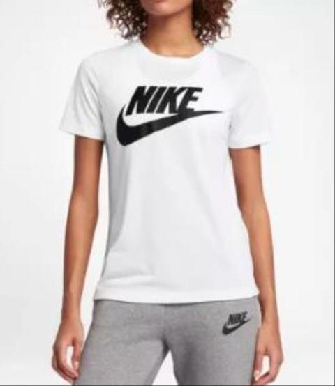 T-shirt Sportswear Essentials NIKE