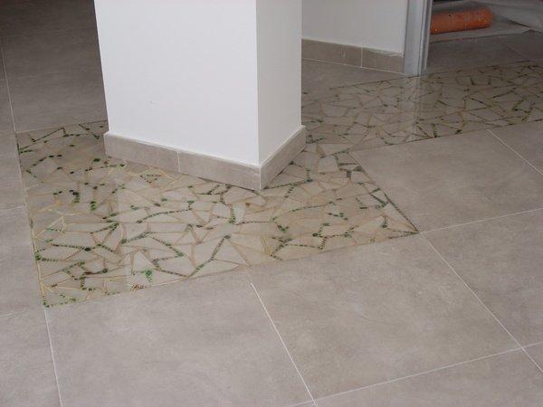 Pavimenti decorativi in resina i pavimenti pi strani e particolari in bagno guarda le immagini - Pavimenti decorativi in resina ...