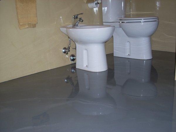 Pavimenti in resina agrigento e sicilia resinartitalia autolivellanti decorati 5 adrano catania - Resina bagno prezzo ...