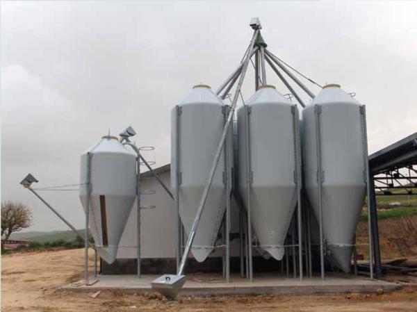 Realizzazione di impianti di stoccaggio cereali alcamo for Attrezzature zootecniche usate