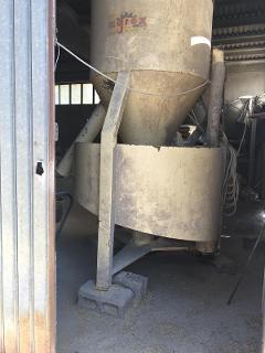 molino miscelatore usato agrex molino miscelatore da 10 q.li, usato