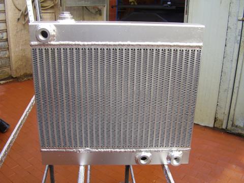 Costruzione Radiatore olio MIETITREBBIA  LAVERDA 3750