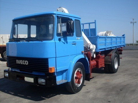 Fiat 130 NC RIBALTABILE TRILATERALE E GRU  Diesel