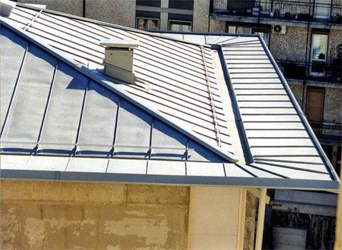 Copertura tetti: in rame, alluminio preverniciato, zintek, acciaio e lamiera preverniciata