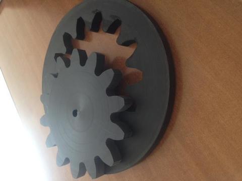 Lavorazione taglio getto d'acqua su materiali plastici: plexsglass, plastica, teflon, guarnizioni