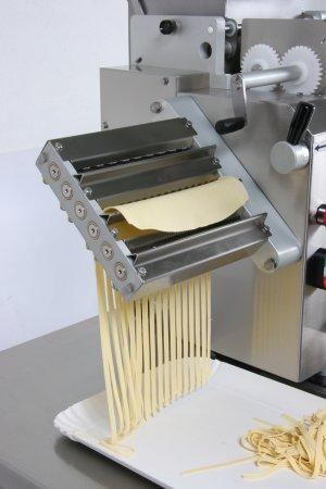 MACCHINE PER PASTA FRESCA - Machines for pasta
