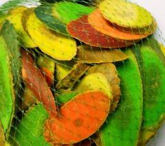 Legni tagliati e colorati misti da gr. 500 in rete
