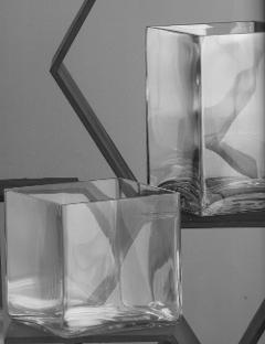 Vasi Vetro Rettangolare  con base cm. 12 x 12 altezze diverse