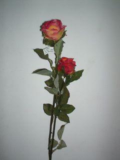 Bocciolo di Rosa Arredo  in poliestere per fioristi e wedding
