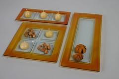 Piatto in vetro  con bordo  miele