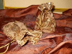 Sacchetto Oro  cm. 14x11 con paillettes
